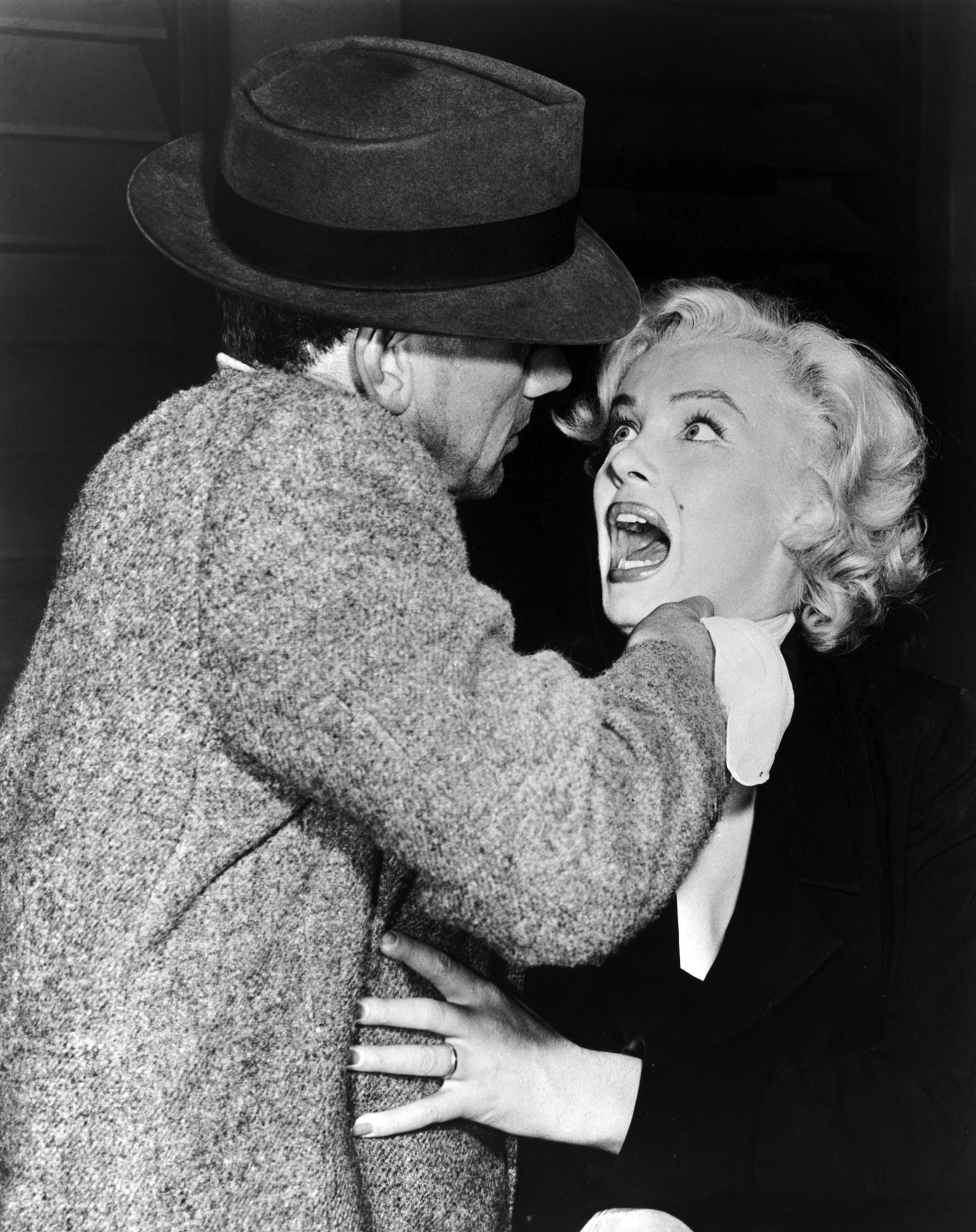 Crime Scene Photos Of Marilyn Monroe 10 marilyn monroe niagra
