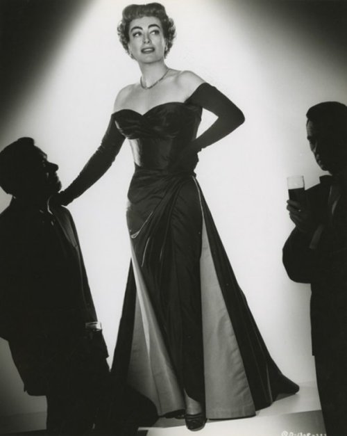 "Joan Crawford in ""Queen Bee"""